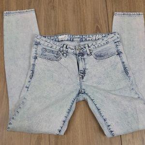 Gap 1969 acid wash skinny jeans sz 28 t
